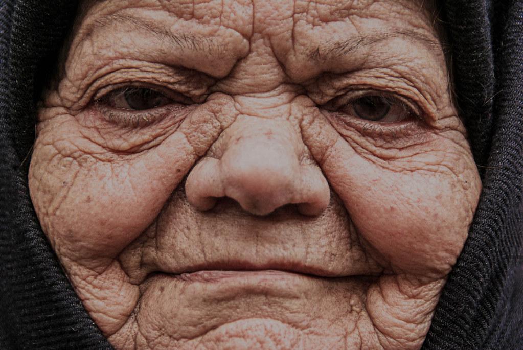 Old woman in Tehran (Iran)