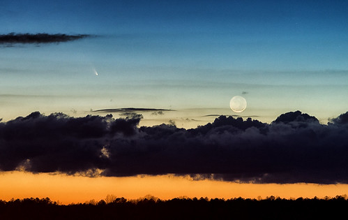 sunset moon clouds march 12 comet l4 2013 panstarrs c2011 cometpanstarrs panstars yahoo:yourpictures=bestof2013
