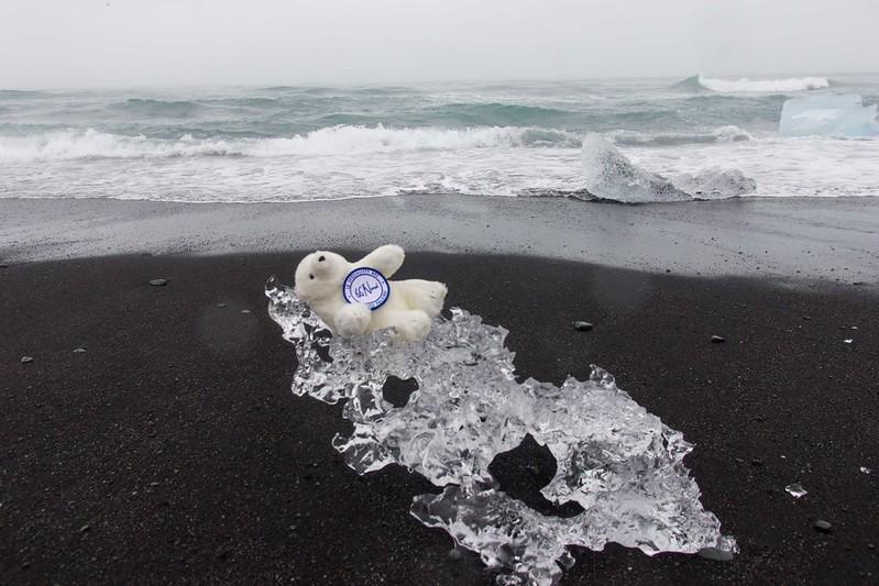 Lars arrive en Islande