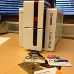 Nya plastkortskrivaren har anlänt!