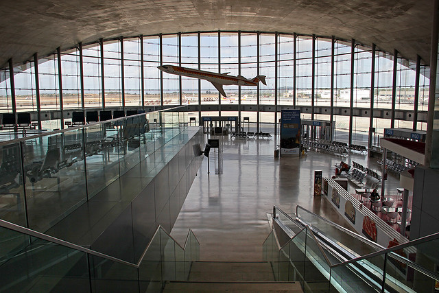 Valencia - inside the airport