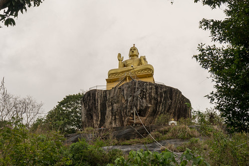 Aluvihara Rock Cave Temple | by seghal1