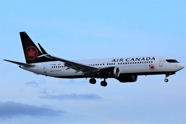 Here is Air Canada C-FSIQ