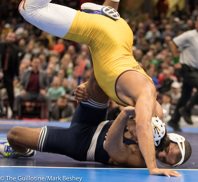 174 1st Place Match - Zahid Valencia (Arizona State) 32-0 won by decision over Mark Hall (Penn State) 32-1 (Dec 8-2) - 180317emk0017