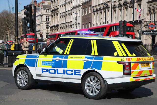 Metropolitan Police Service - Special Escort Group - 10 - BX67EVR