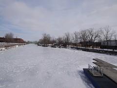 金, 2013-02-01 11:48 - 凍結したLachine運河 Atwater