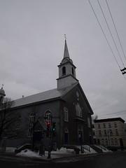 水, 2013-01-30 13:54 - Café du Clocher Penchéの名前の由来らしき教会の塔
