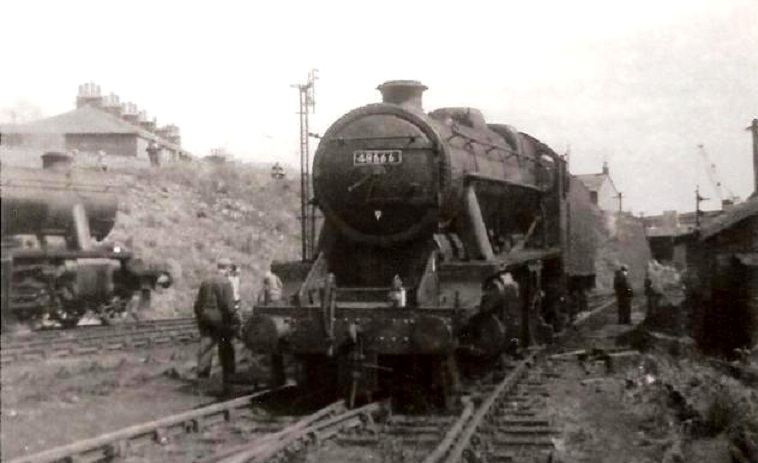 Probably the last derailment of a BR steam locomotive – Rose Grove engine shed 2nd August 1968