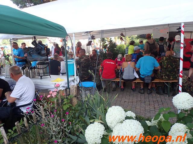 2016-07-21   3e  dag Nijmegen   40 Km  (26)