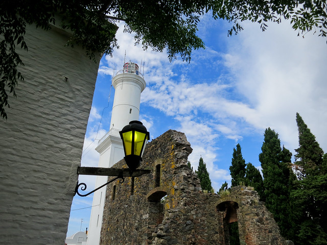 Colonia, Convent/lighthouse