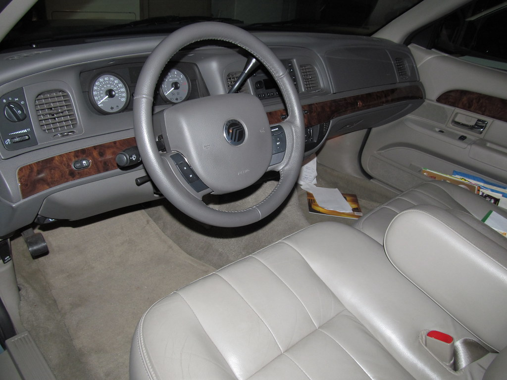 Groovy 2009 Mercury Grand Marquis Ls Interior In Camel Leather Uwap Interior Chair Design Uwaporg