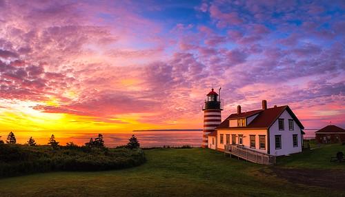 lubec maine newengland robertallanclifford robertallancliffordcom westquoddyheadlight coastline lighthouse ocean sky sunrise water