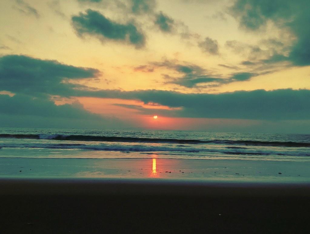 Ketika Matahari Terbit Dan Terbenam Selalu Ada Makna Yg