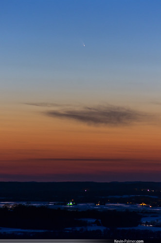 blue sunset red sky orange wisconsin evening march spring colorful space astrophotography astronomy comet gibraltarrock lodi columbiacounty panstarrs pentaxa50mmf17 pentaxk5 c2011l4