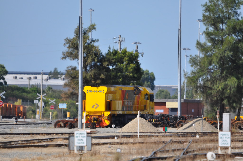 ACB4404 Forrestfield Works 16 03 2013 by ChrisDPom