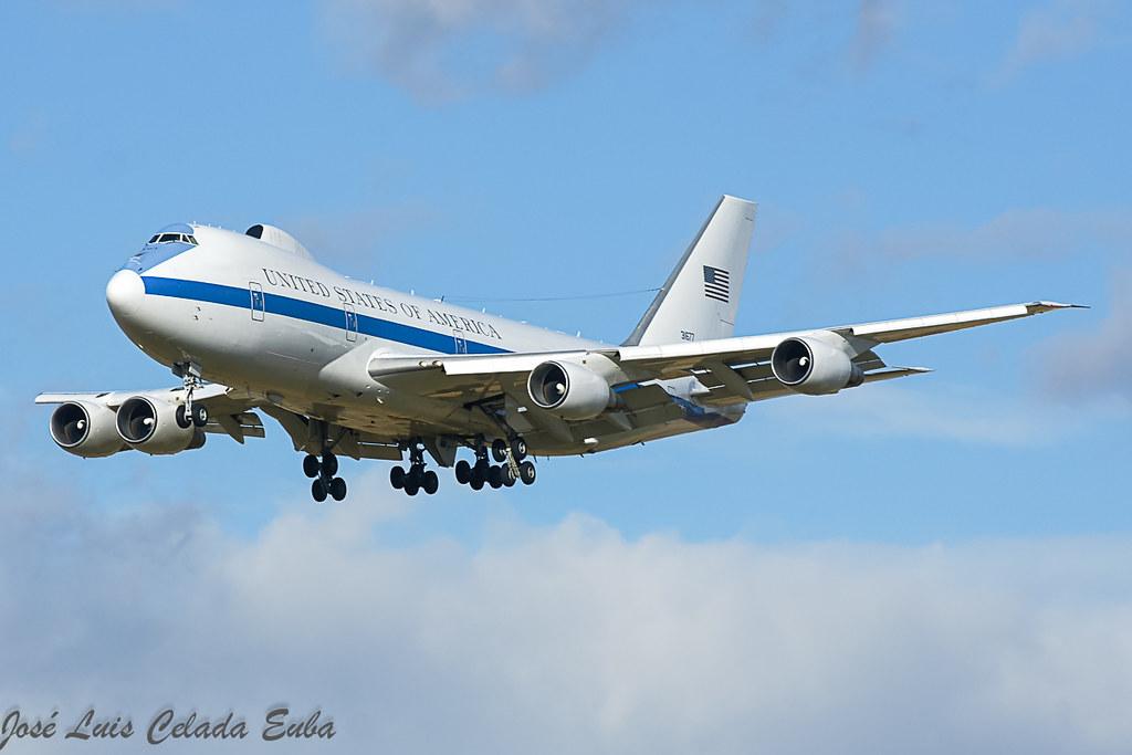 USAF E-4B 73-1677