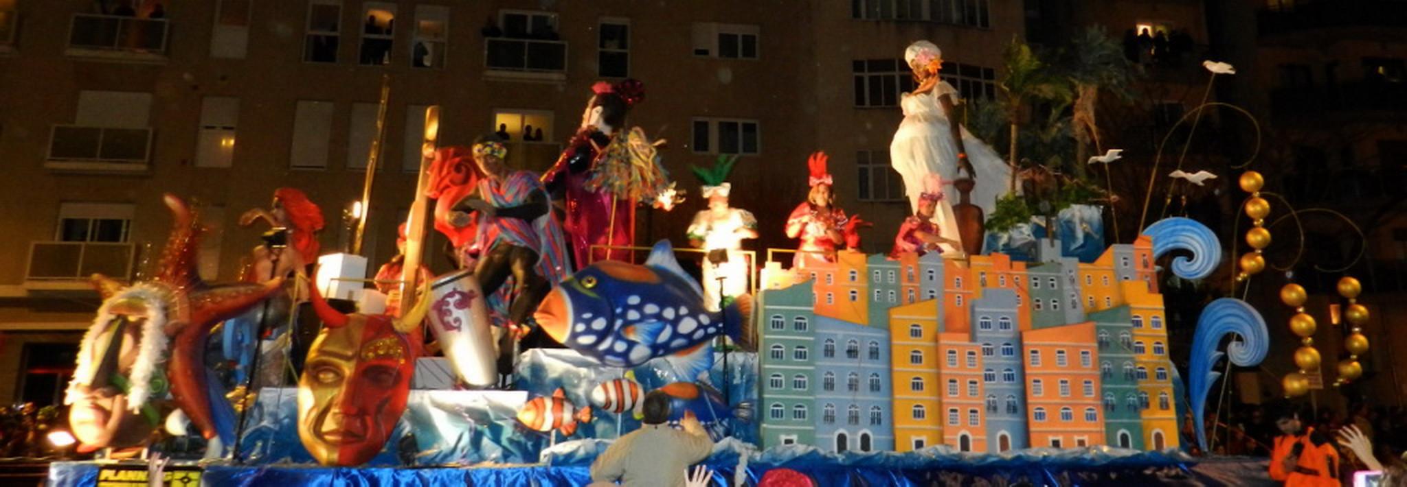desfile carnaval febrero 2013 Cádiz