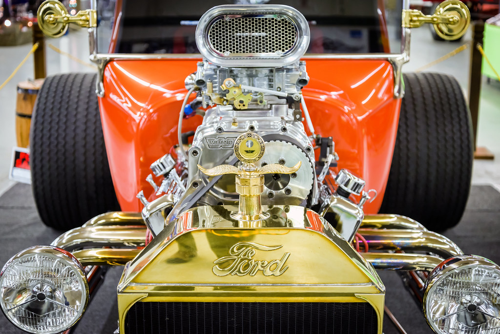 Fast and Loud Ford T-bucket | Bill Dickinson | Flickr