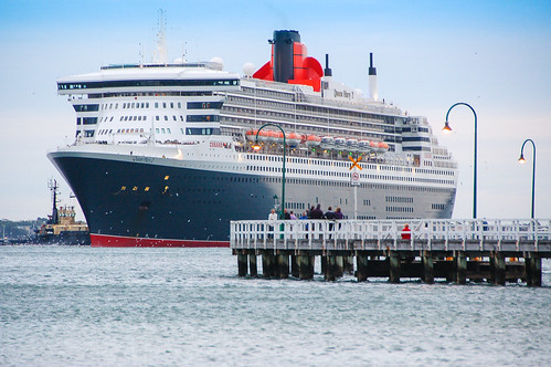Queen Mary 2 arriving at Port Melbourne | by PreciousBytes