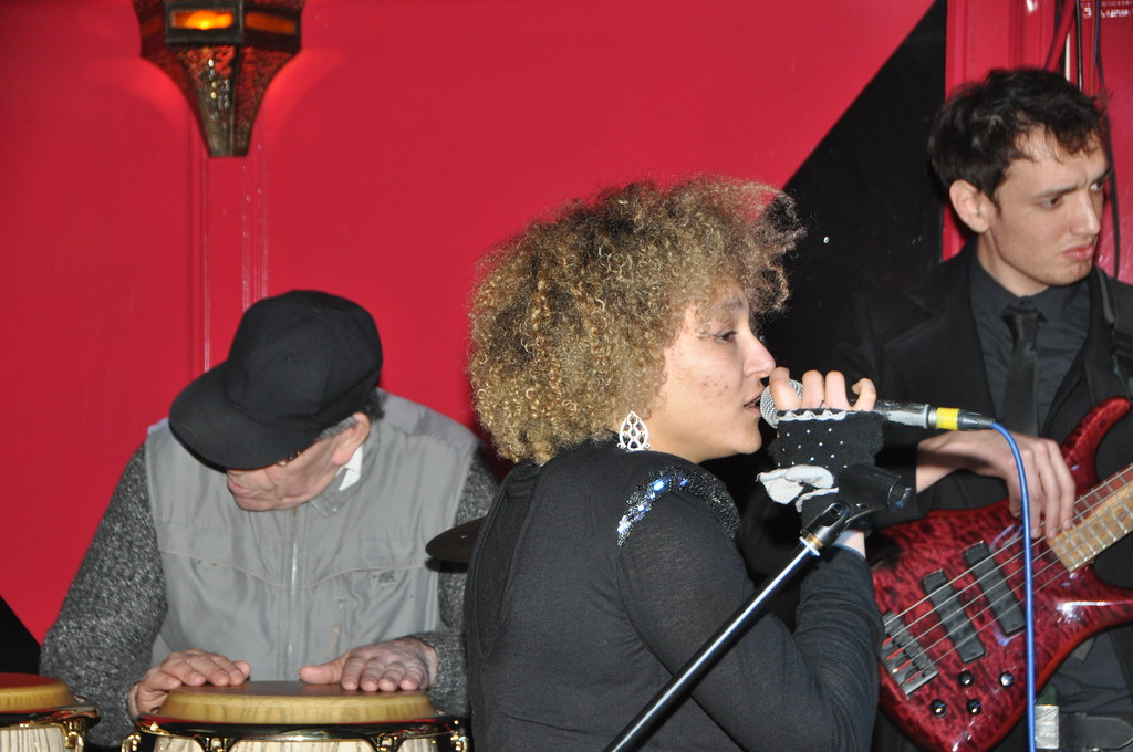 DSC_6898 Fuzz on Jam Jazz at Charlie Wrights