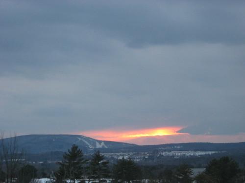 sunset skiing catamount egremont columbiacounty berkshirecounty catamountskiarea