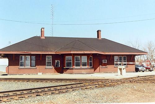 railroad station wisconsin depot sooline ruskcounty wisconsincentralltd minneapolisstpaulsaultstemarierailway