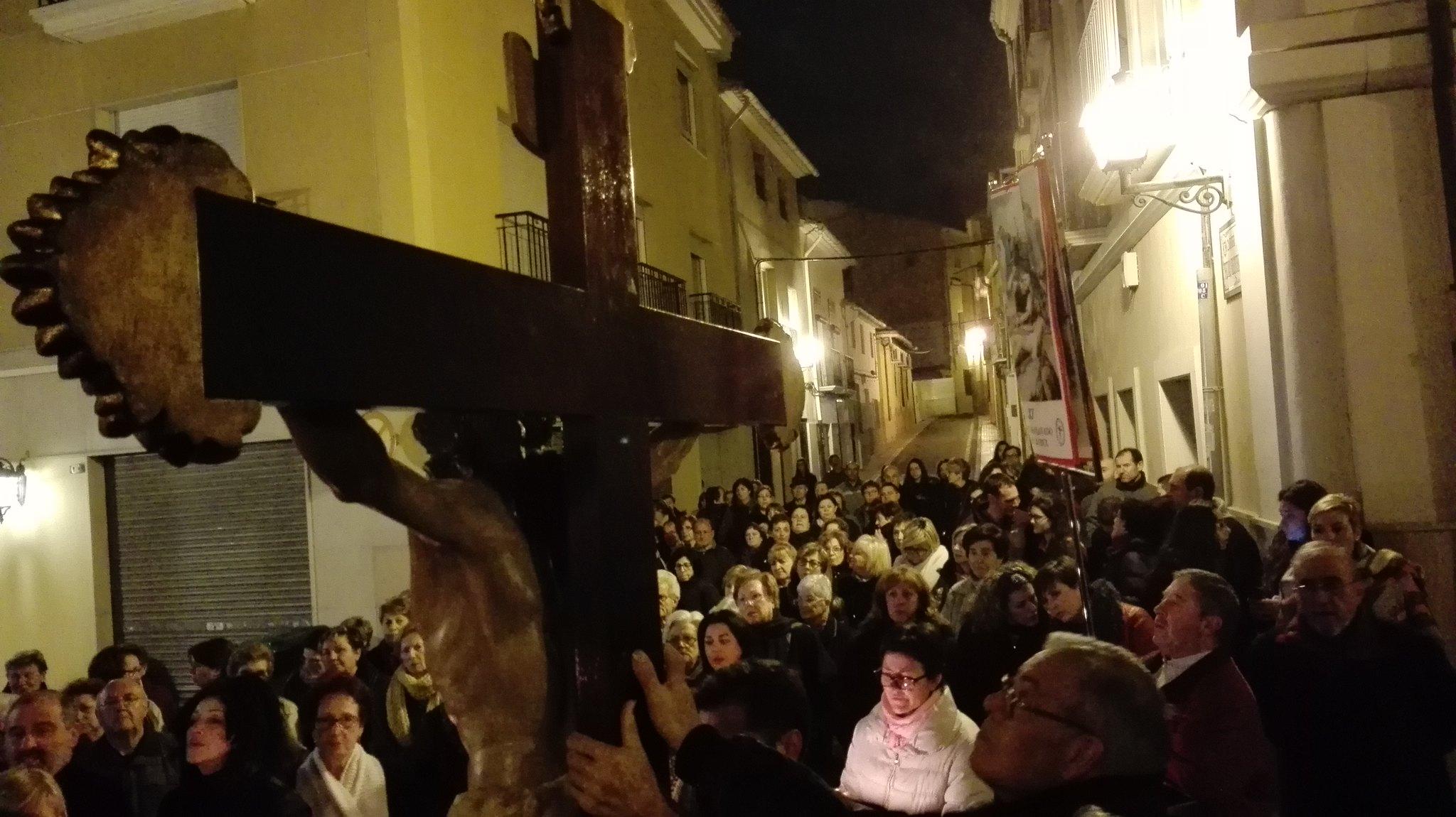 (2016-03-18) - VII Vía Crucis nocturno - Javier Romero Ripoll (121)