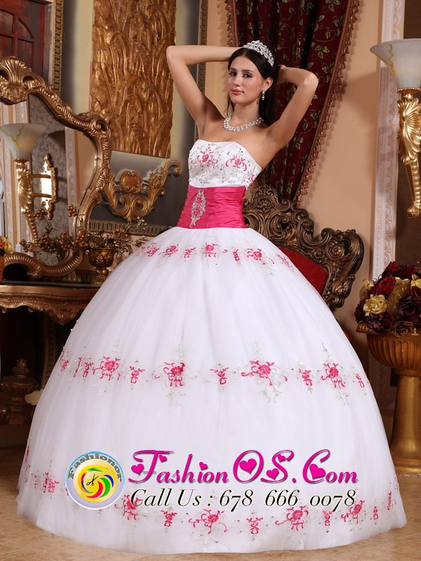 8c98630a538 ... buy discount white quinceanera dresses online