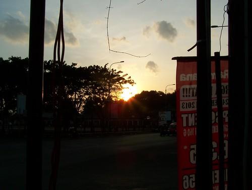 sunset orange sun house nature beautiful downtown afternoon kodak z650