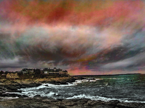 northern lights colorful sunset maine york beach waves water ocean atlantic cold wind photoshop flickr google bing yahoo image stumbleupon facebook national geographic manipulation montage hue saturation blend sky getty daum interesting creative color surreal avant guarde pinterest tinder tumbler unique unusual fascinating