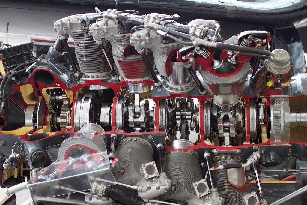 Pratt & Whitney R-4360 Engine