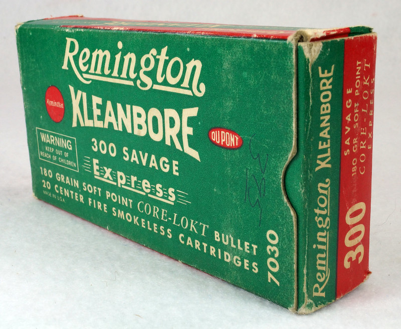RD14570 Vintage Remington Kleanbore 300 Savage Express 180 Gr. Soft Point Ammo Box with 20 Empty Brass Casings DSC06995