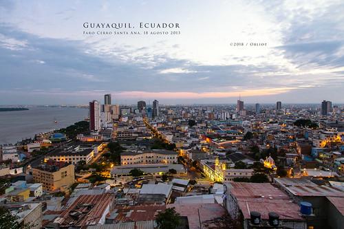 luci ecuador fiume rosso 2013 strade guayaquil cielo tramonto città getty lungomare grattacieli nuvole skyline edifici illuminazione provinciadelguayas ec