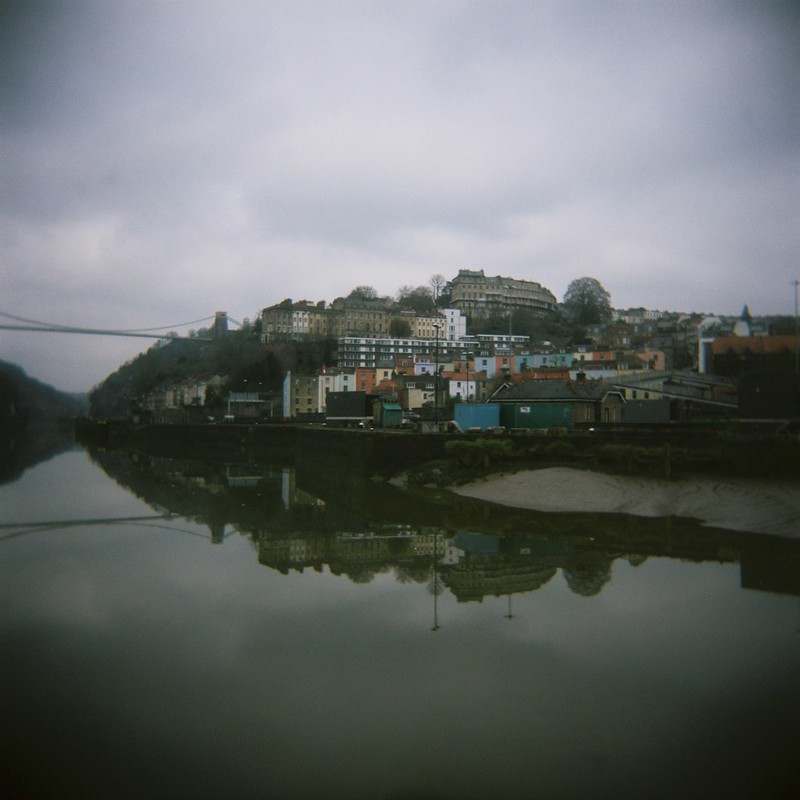 Avon viewpoint, Holga