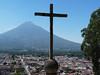 Antigua Guatemala ze Cerro de la Cruz, nad městem vulkán Agua, foto: Petr Nejedlý