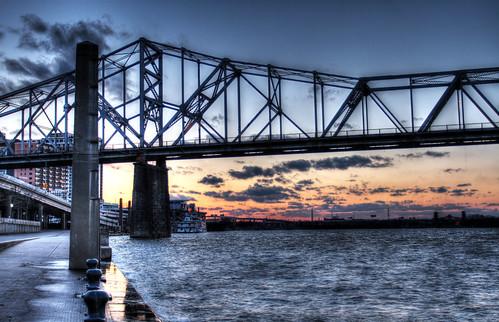 bridge sunset river sundown kentucky louisville ohioriver odc mikekline michaelkline notkalvin notkalvinphotography