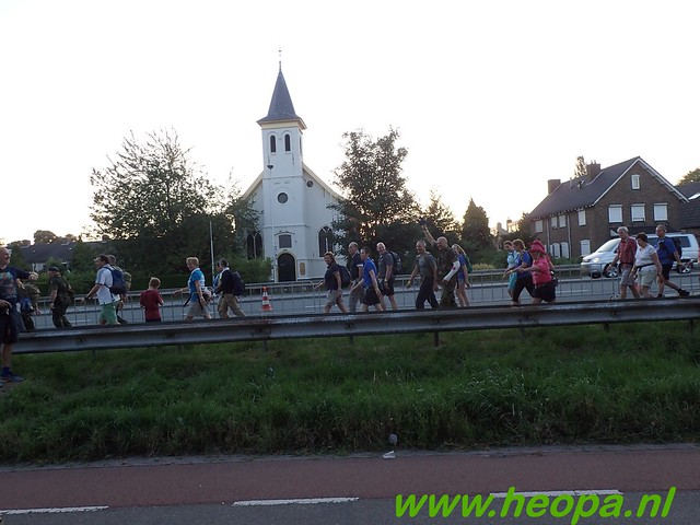 2016-07-19   1e dag Nijmegen    40 Km (13)