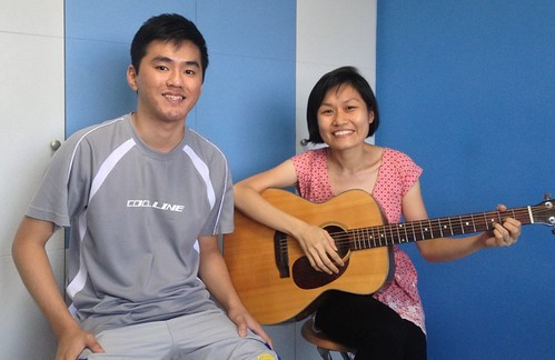 Private guitar lessons Singapore Cindy