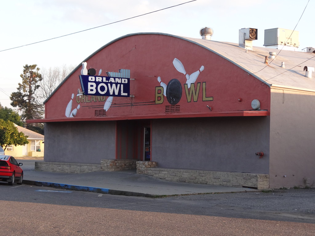 Orland Bowl In Orland Ca Rick Ele Flickr