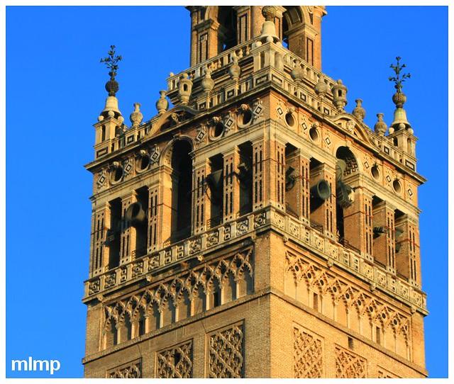 Les cloches de la Giralda à Séville 1
