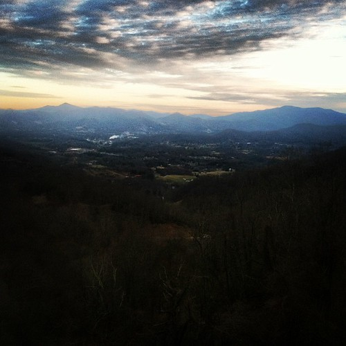 sunset mountains northcarolina canton cantonpapermill haywoodcounty crabtreemountain