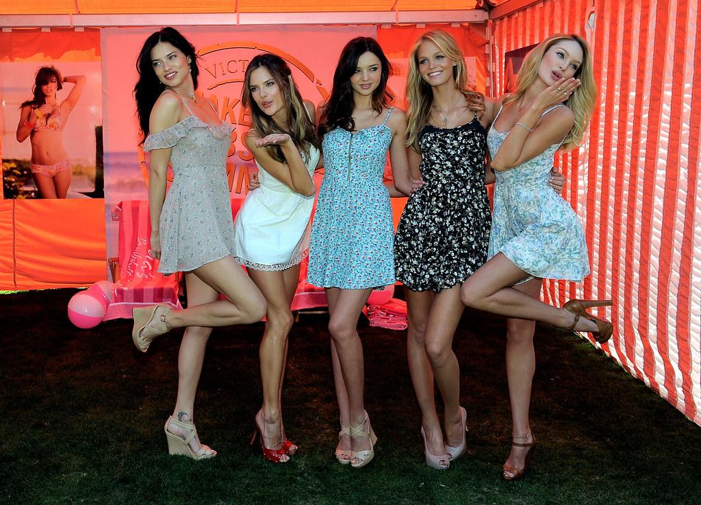 Models Adriana Lima, Alessandra Ambrosio, Miranda Kerr, Er