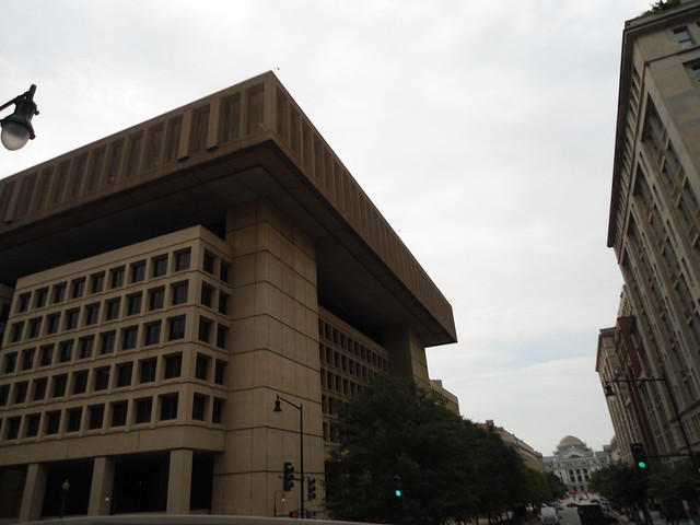 FBI, J Edgar Hoover Building, Washington DC, USA - www.meEncantaViajar.com