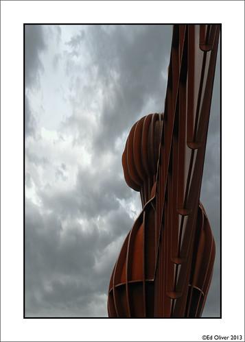newcastleupontyne gateshead tyneside angelofthenorth canoneos5dmarkiii canonef24105mmf4lis statue landmark angel rust rusty iconic hh dramatic sculpture overcast 2013