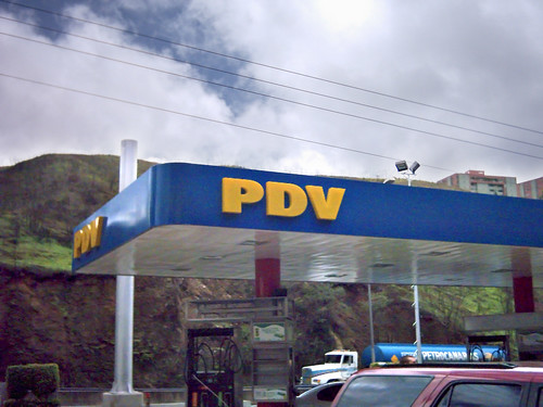 Filling station of PDV (subsidiary of Petroleos de Venezuela), in the High Mirandinos, Miranda State, Venezuela | by Minale Tattersfield Roadside Retail