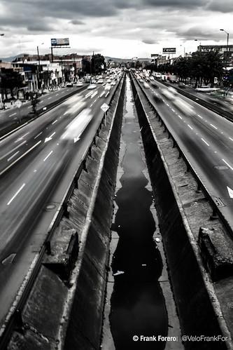 city canon puente gris avenida smog colombia bogotá ciudad boyaca obturacion nublada