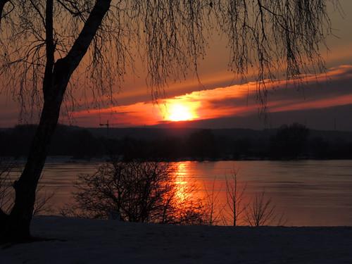 morning winter night sunrise cloudy hamburg sonnenaufgang elbe