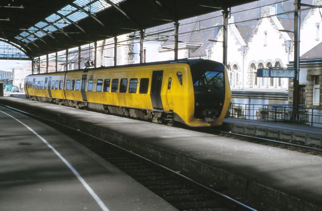 08439162-36322 Aachen Hbf 30 april 2000