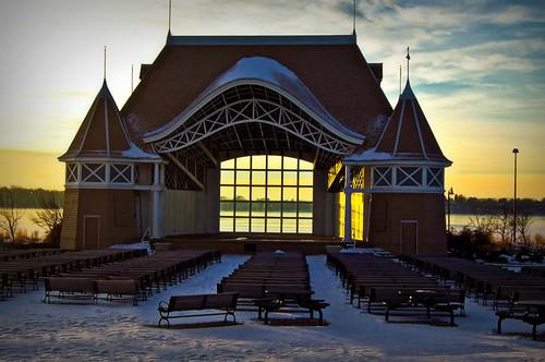 winter lake snow ice minnesota sunrise december minneapolis harriet bandshell lightroom a55 mygearandme mygearandmepremium
