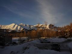 土, 2013-03-02 17:53 - 日没の頃の Mountain Village